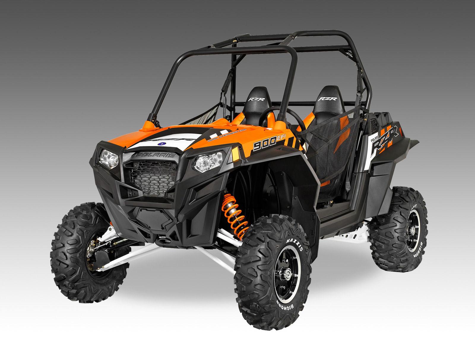 2014-rzr-900-orange-white_3q