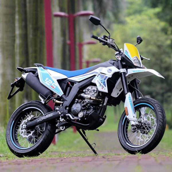 SMX-125-motard-blu_featured